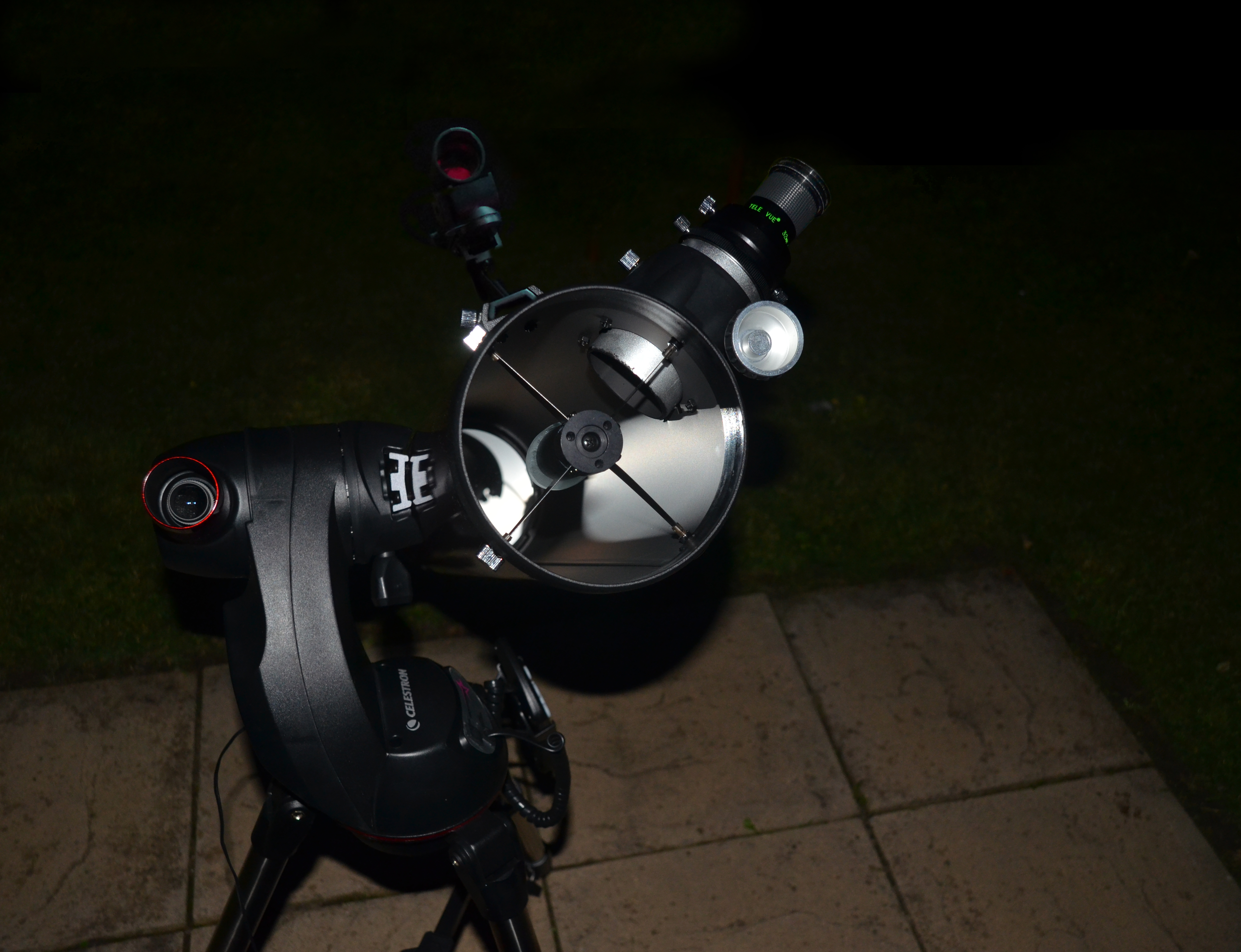 Automatic telescope mount alignment using the celestron starsence